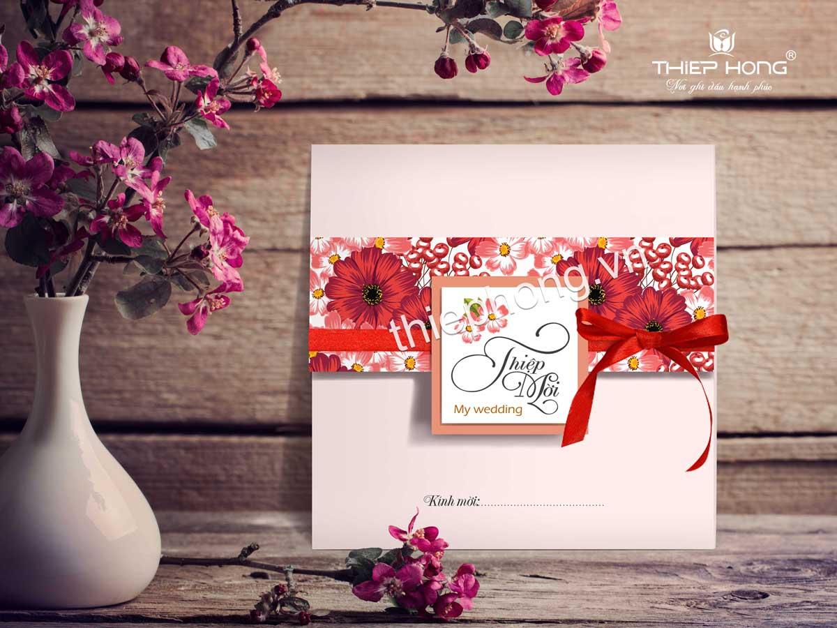 Thiệp cưới màu đỏ