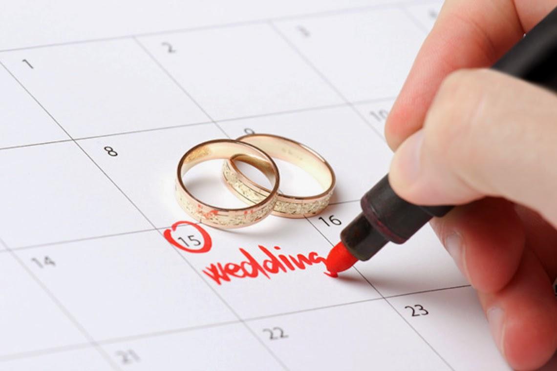 tự thiết kế thiệp cưới